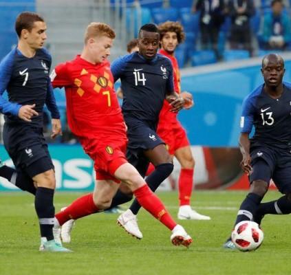 França vence Bélgica e vai para a...