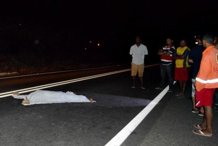 Idoso é atropelado e tem cabeça decepada na BR-316
