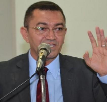 Justiça cassa mandato do prefeito de Picos,...