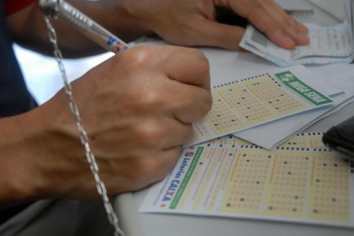 Prêmio da Mega-Sena pode chegar a R$ 21 milhões hoje
