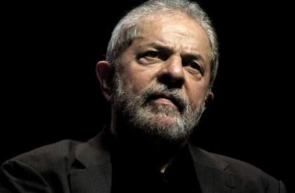 Presidente do TRF-4 determina que Lula deve continuar preso