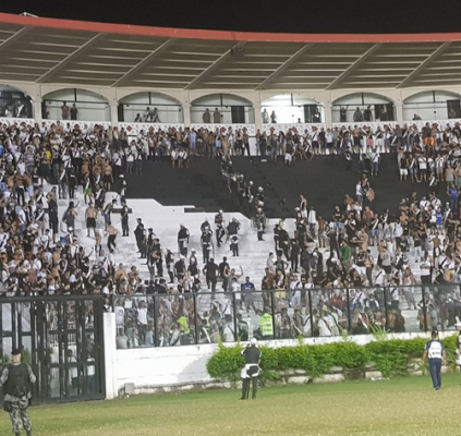 Justiça mantém proibição para torcedores do Vasco...