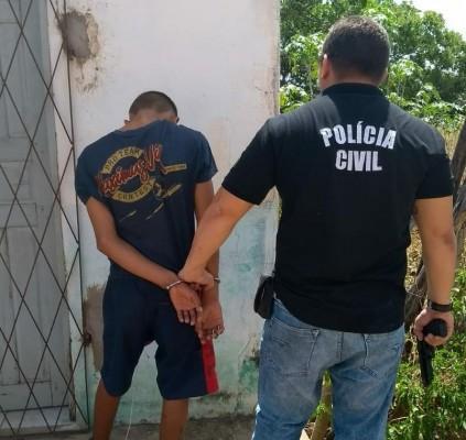 Polícia deflagra operação, prende 7 pessoas e...