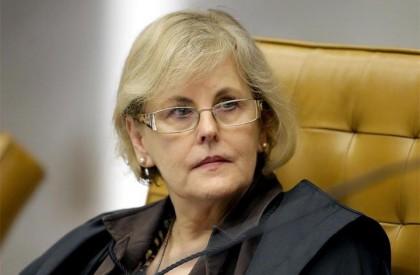 Rosa Weber toma posse na presidência do TSE