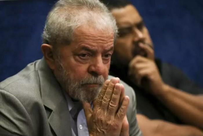Lula tenta suspender prazo de substituição de chapa no STF