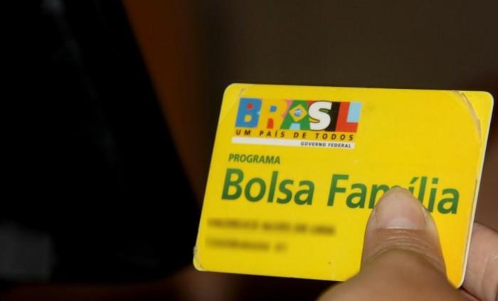 Mais de 12 mil famílias podem ter o Bolsa Família suspenso