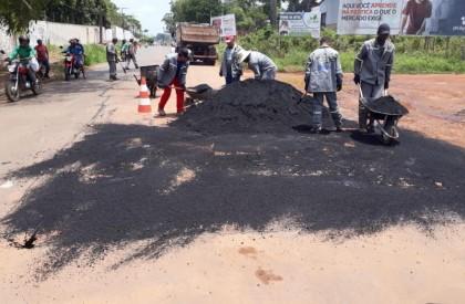 Asfalto e operação Tapa-buraco chega as principais ruas de Bacabal