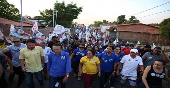 Caminhada de Professora Socorro arrasta multidão nas ruas de Timon