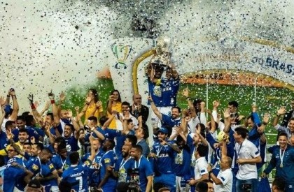 Cruzeiro vence Corinthians e é campeão da Copa do...