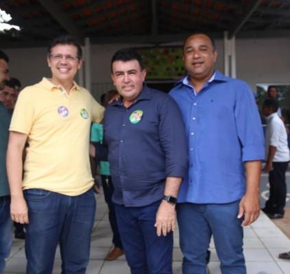 Roberto Costa e João Marcelo  são...