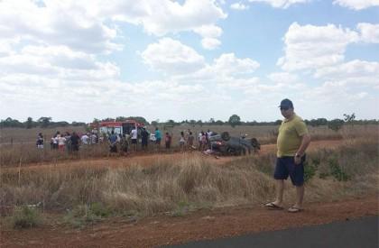 Acidente: Carro capota e deixa um homem morto na BR-343
