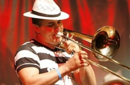 Boca da Noite: Vando do Trombone & Cia é...