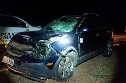 Colisão entre carro e motocicleta deixa quatro pessoas feridas na BR-316
