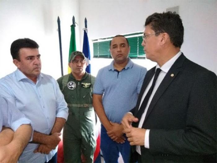 Edvan Brandão reúne-se com secretário de Segurança do MA e diplomação e posse são adiadas