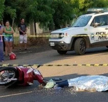 Mulher morre após ter cabeça esmagada em...