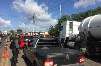 Operação: Polícia fecha pontes que ligam PI ao MA