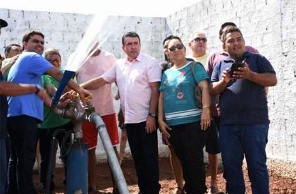 Prefeito Edvan Brandão inaugura  terceiro poço tubular em...