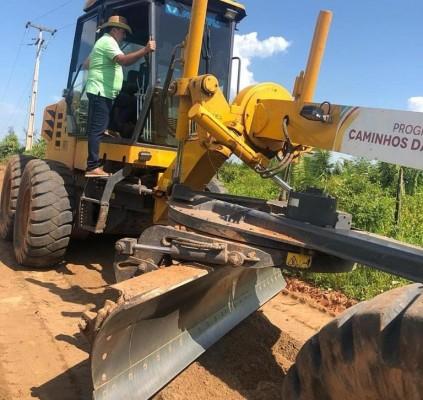 Prefeitura de Bacabal recupera estradas no interior