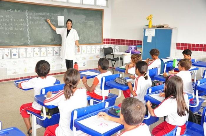 25 professores substitutos são convocados em Teresina