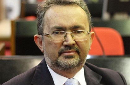 Ex-deputado Antônio Félix filia-se ao MDB e disputará vaga...