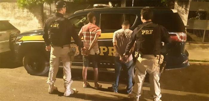 PRF prende dois homens acusados de assaltos na zona leste de Teresina