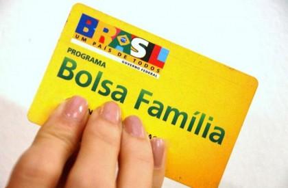 884 famílias devem regularizar dados escolares do Bolsa Família