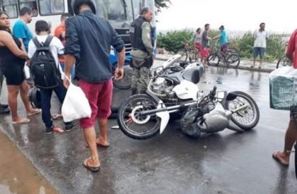 Mulher morre após colisão entre duas motocicletas em Parnaíba