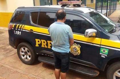 PRF: homem é preso após apresentar documento de veículo falso na BR 316
