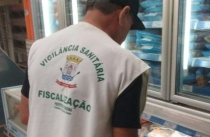 Vigilância Sanitária fiscaliza alimentos vendidos na Semana Santa