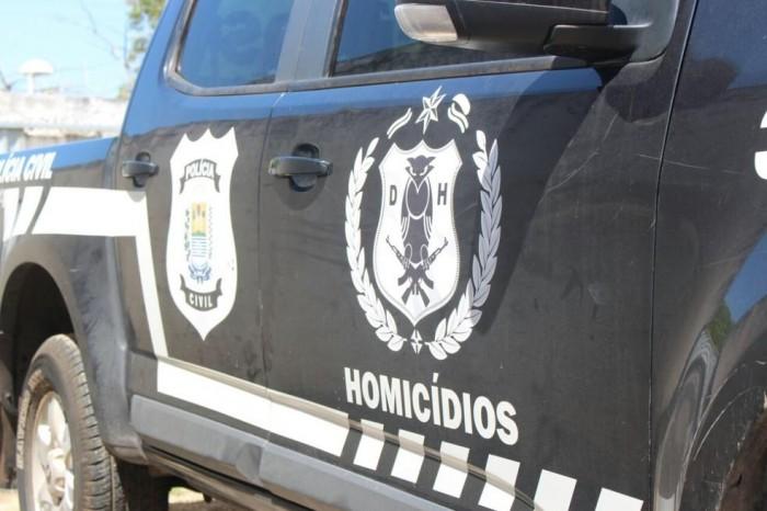 Adolescente é assassinado próximo a parada de ônibus no Dirceu