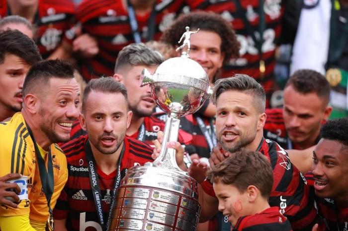 Flamengo vive as maiores 24 horas em 124 anos