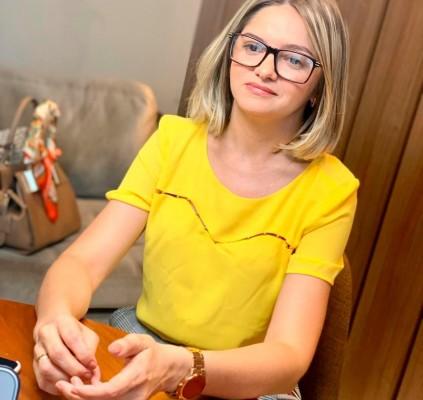 Pré-candidata Maria Santana desmente fake news de...