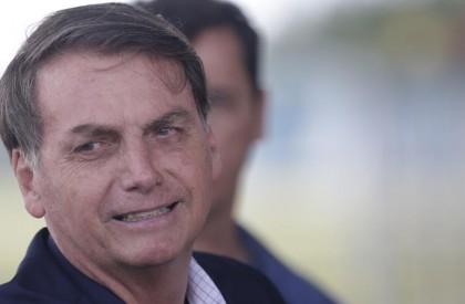 Bolsonaro diz que pode ser alvo de impeachment se...