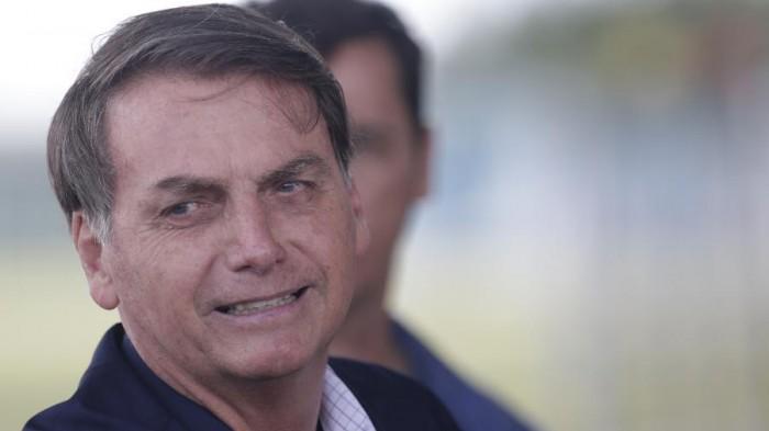 Bolsonaro diz que pode ser alvo de impeachment se vetar fundo eleitoral