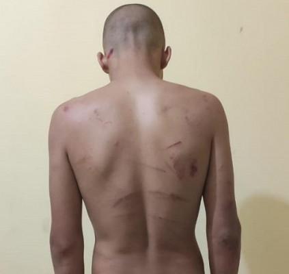 Homem é preso suspeito de torturar namorado...