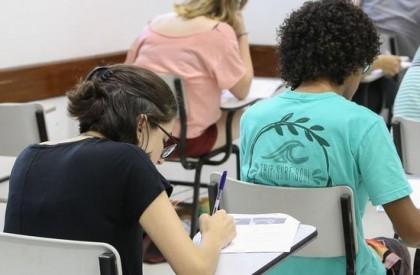 Mais de 140 mil alunos zeraram a redação do Enem