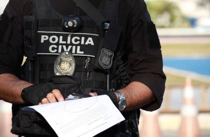 Polícia cumpre 14 mandados de prisão no litoral do...