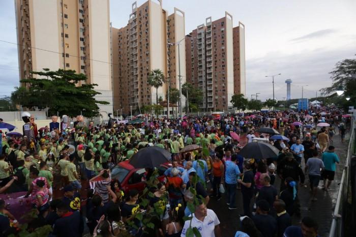 Corso 2020: Foliões fazem a festa na Avenida Raul Lopes