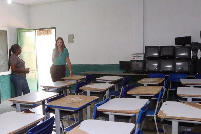 Deputada Lucy Soares solicita climatização para escola em Inhuma