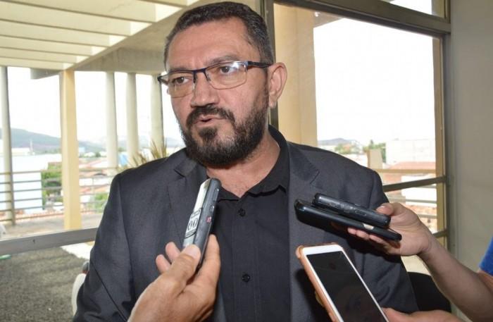 TRE-PI absolve o prefeito de Picos do processo de cassação