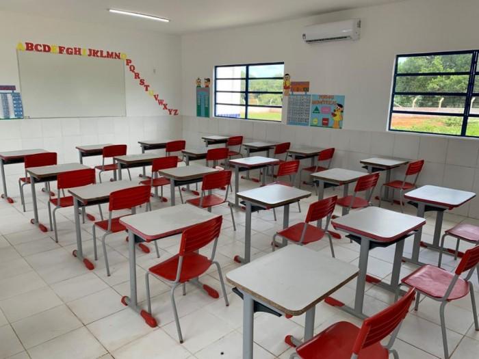 Prefeito Professor Ribinha inaugura escola climatizada na comunidade Salinas em Campo Maior