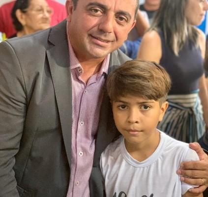 Prefeitura de Campo Maior reinaugura a escola...