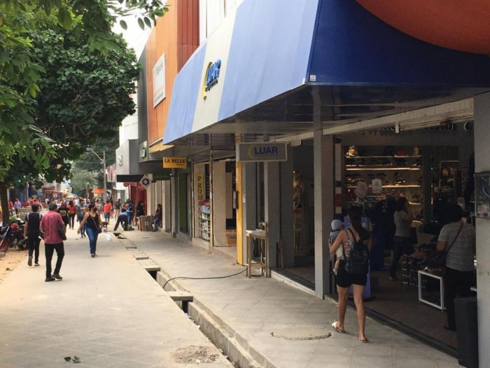 Prefeitura publica decreto sobre o funcionamento do comércio até domingo (23)