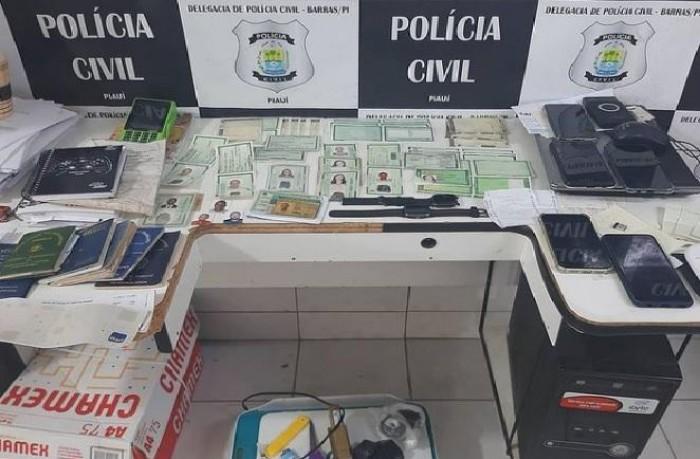 Duas pessoas são presas ao tentar sacar FGTS com documentos falsos, em Barras
