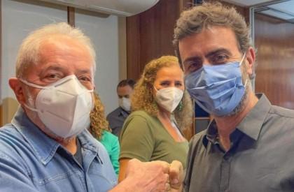 Freixo entrega carta de desfiliação ao PSOL para concorrer ao governo do Rio pelo PSB