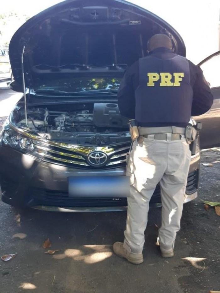 Homem é preso pela PRF em Teresina com veículo de luxo roubado em Recife