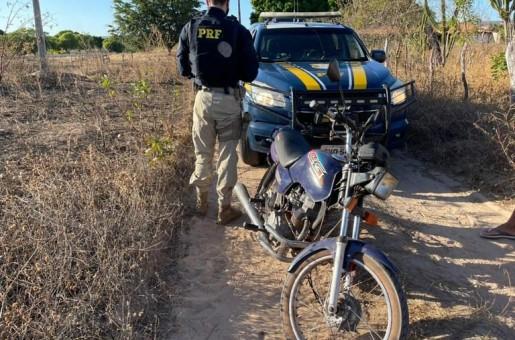 Moto roubada há 15 anos em Alagoas é recuperada no Piauí