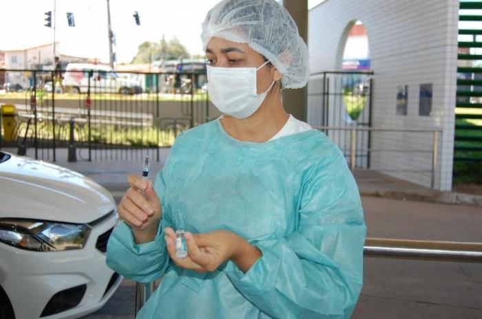 Teresina tem drive thru da vacina contra a Covid nesta terça (20) e quarta-feira (21)