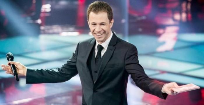 Tiago Leifert anuncia saída da Globo; 'BBB 22' terá novo apresentador